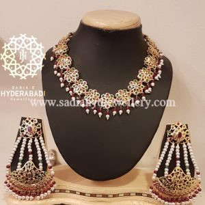 Red Green Flower Set with Rameen Earring