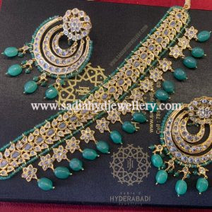 Light Green W Necklace with 3 Layer Earring